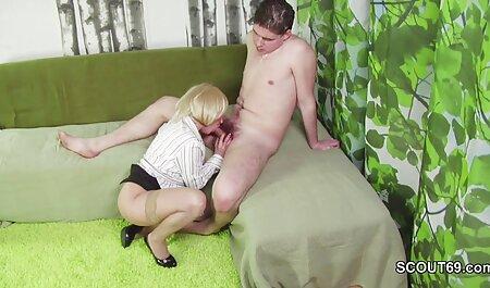 वर्दी में बड़े सेक्सी फिल्म फुल सेक्सी स्तन उसे काम पर सवारी
