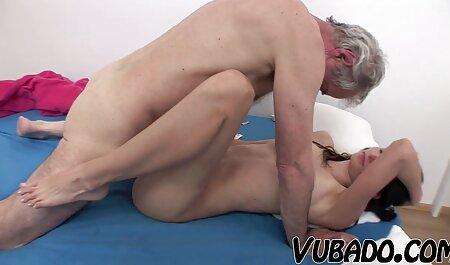 डोनी हिंदी सेक्सी फुल मूवी वीडियो लंबे समय तक बड़ी फुसफुसाती है