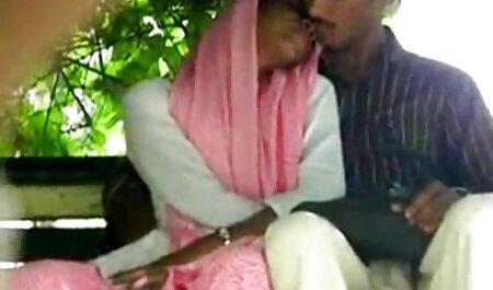 मेज के नीचे हिंदी सेक्सी फुल मूवी वीडियो झालर