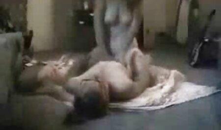 परिपक्व श्यामला मेलिसा निगल हिंदी में फुल सेक्सी मूवी दो डिल्डो के साथ खेलता है